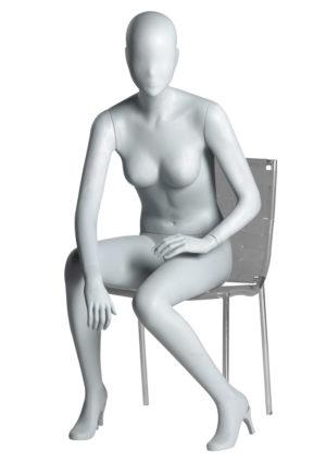location mannequin femme assise avec tête abstraite Marseille